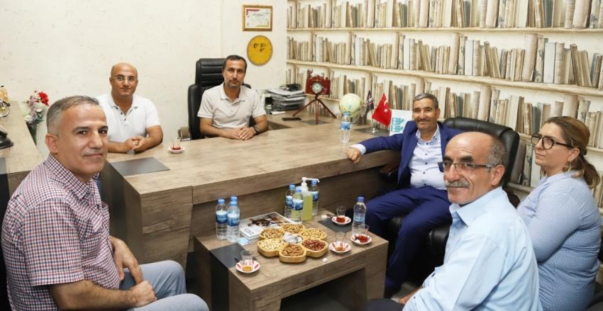 Milletvekili Maçin Kahta'daki Gazetecilerle Bir Araya Geldi